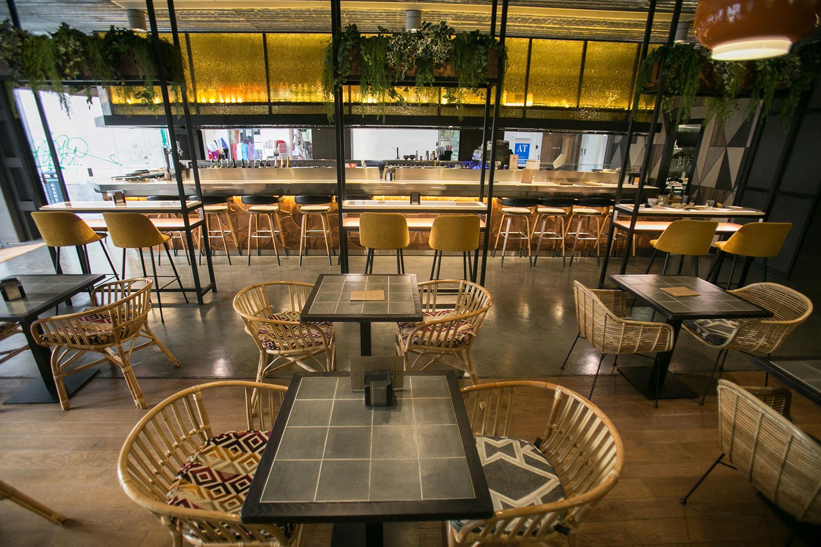 Sushi para llevar en el restaurante de m laga premium hotel for Hotel malaga premium