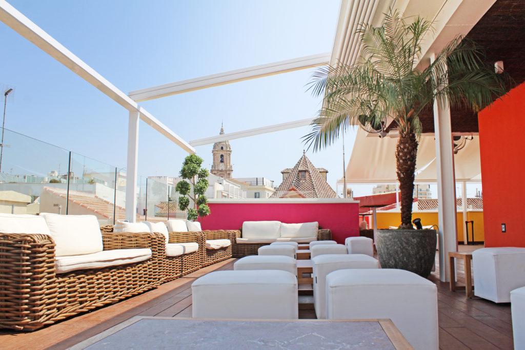La terraza de m laga premium hotel chillout de dise o y for Hotel malaga premium